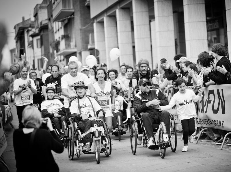 raduno-spingitori-di-carrozzelle-maratona-di-rimini3